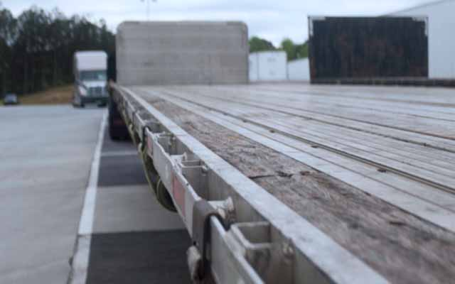 Performance Trucking   Driving Business Forward